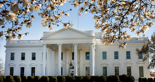 "zum Portal ""US-Wahl 2020"" (Foto: US-Wahl 2020 (Official White House Photo by Joyce N. Boghosian)"